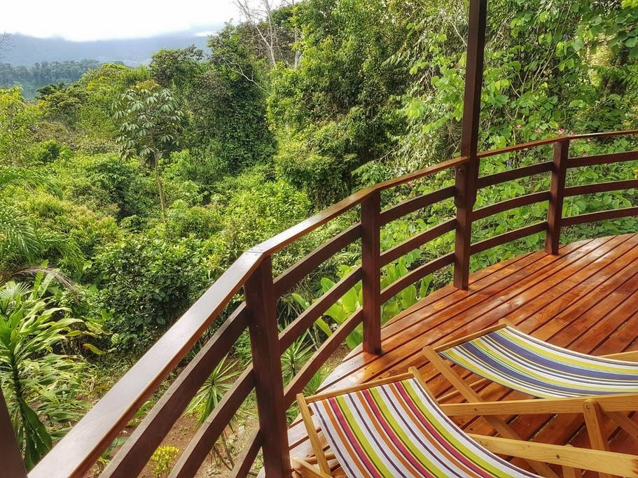 Paradise Lodge, Dominical